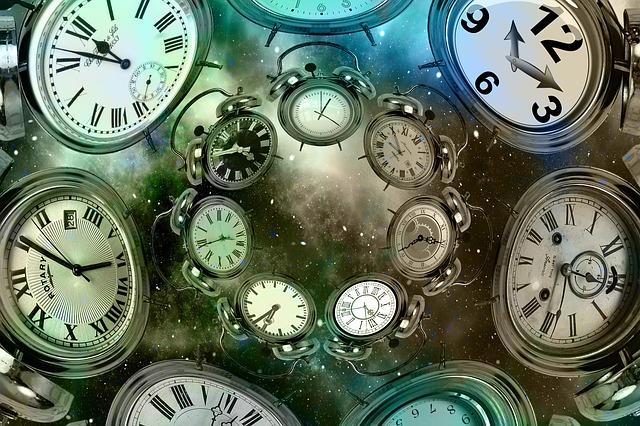 čas na budíkách