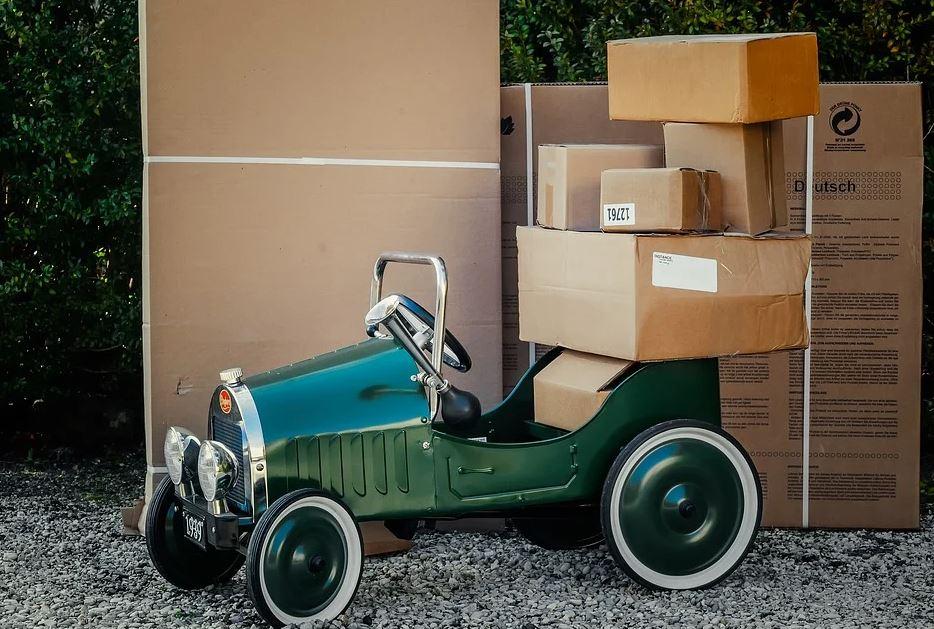 krabice na autě